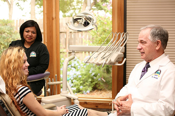 San Marcos Dentist with Patient